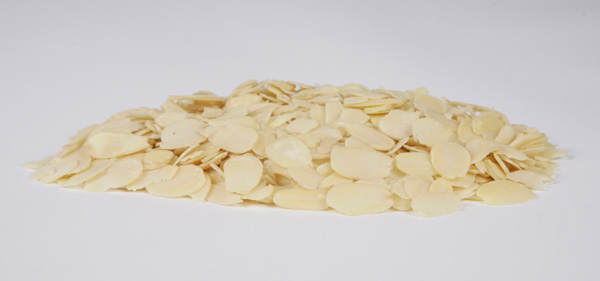 Blanched slices almonds